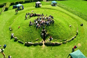 Celebrating the solstice @Bryn Celli Ddu